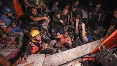 Photo of مجزرة بغزة.. 16 شهيدا من عائلة واحدة والحصيلة تتجاوز 180