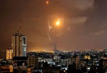 Photo of قصف تل ابيب وضواحيها بـ130 صاروخا