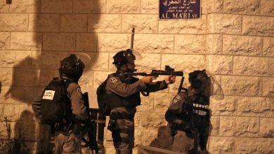 Photo of اعتقالات واسعة في الضفة والقدس ومواجهات ساخنة في نابلس
