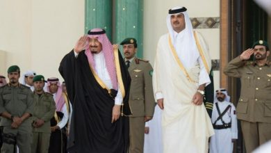 Photo of أمير قطر يهاتف ملك السعودية للتهنئة بالعيد