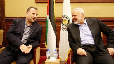 "Photo of رسميًّا.. إعادة انتخاب هنية رئيسًا لـ""حماس"" والعاروري نائبًا له"
