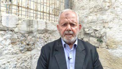 Photo of الاحتلال يُبعد رئيس لجنة رعاية المقابر الإسلامية بالقدس عن مقبرة اليوسفية
